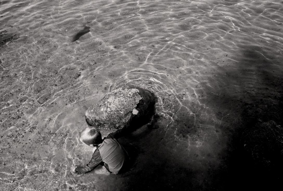 sinking-stones-%2f%2f-molly-walsh
