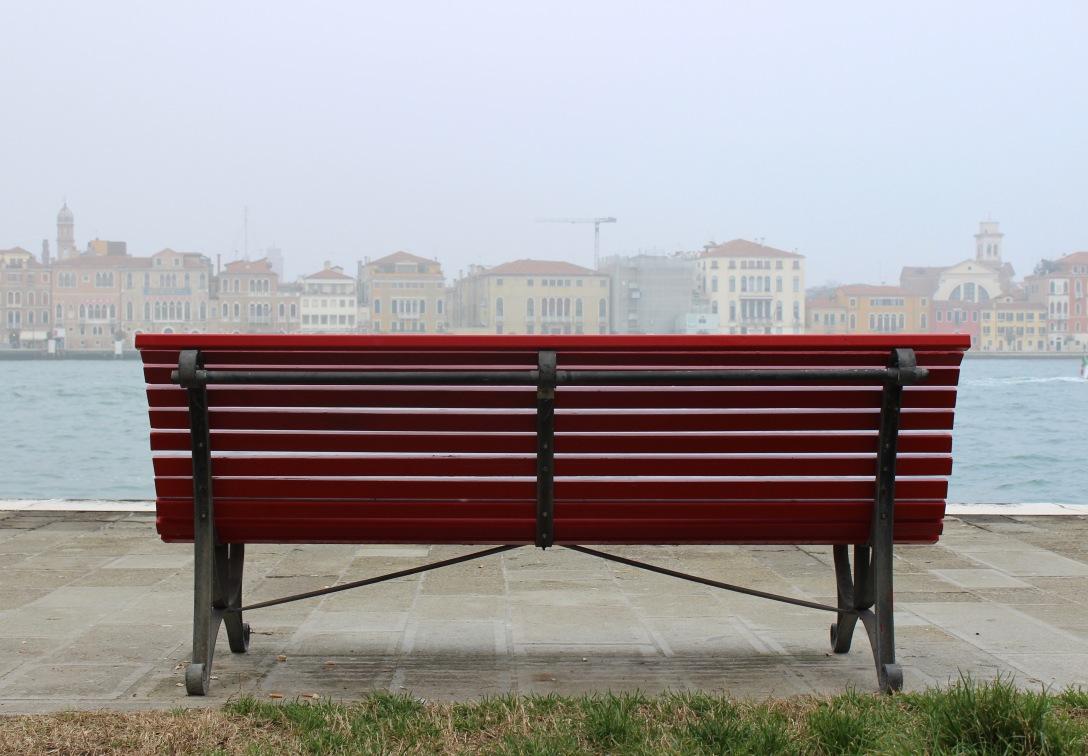Bench (Red) – Risa GW